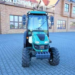 Kompaktowy traktor sadowniczy arbos 3050