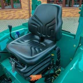 Wygodne siedzenie w traktorze Arbos 2035