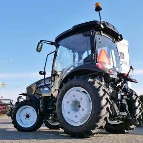 Maszyna rolnicza uniwersalnego zastosowania Arbos 3055