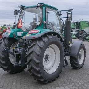 Niezły tył maszyny rolniczej - traktor Arbos 5000 global