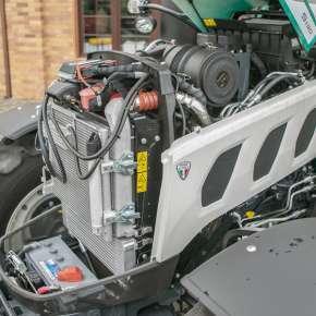 Niezawodny silnik marki Kohler w ciągniku arbos 5000 advanced