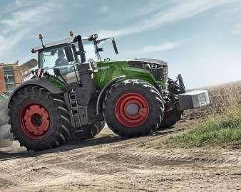 Ciągniki rolnicze FENDT z przednim obciążnikiem