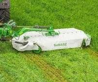 Kosiarka dyskowa Samasz seria KT kosi trawę na łące