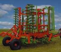 Złożony do transportu agregat uprawowy składany hydraulicznie do uprawy przedsiewnej typ ATLAS Unii