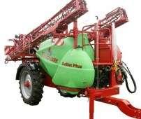 Opryskiwacz przyczepiany Krukowiak Goliat PLUS w kolorach czerwony i zielony