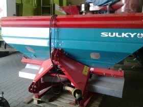 Rozsiewacz nawozów używany 2100 litrów w bardzo dobrym stanie SULKY DPX28