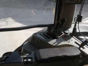 Podłokietnik ciągnik używany Massey Ferguson 8240