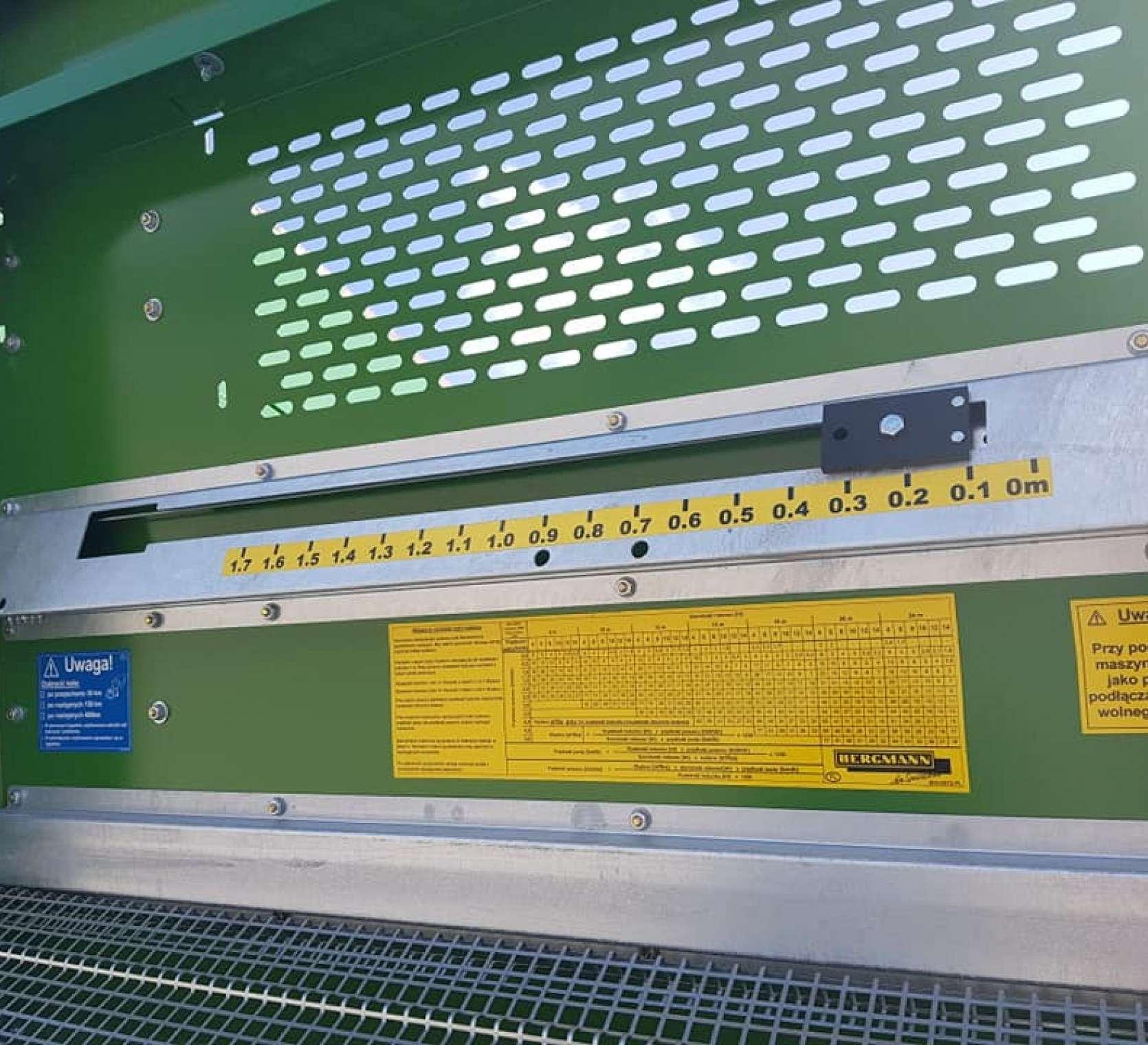 Wskaźnik wypełnienia zbiornika rozrzutnika obornika Bergman w modelu TSW 6240 S