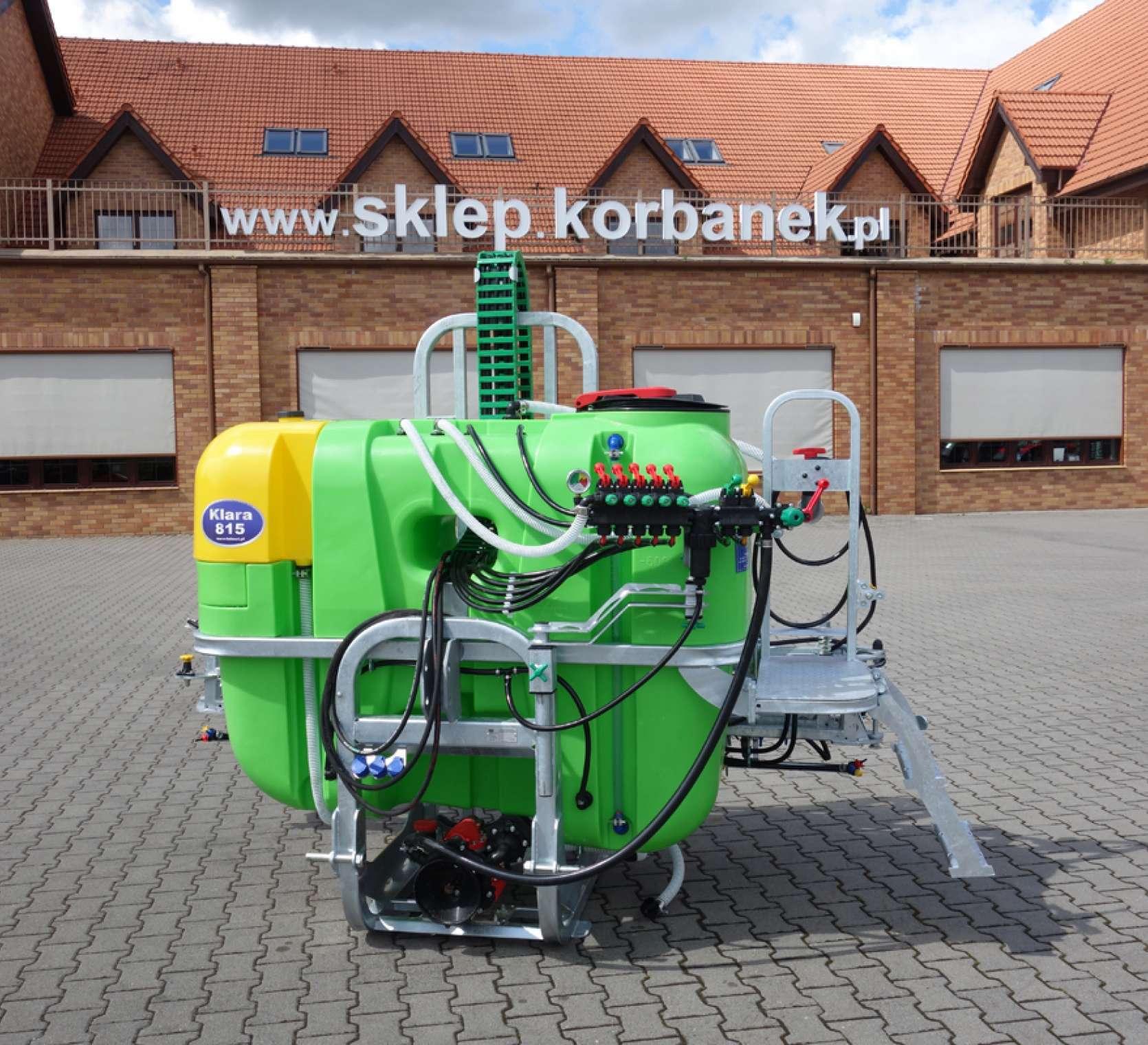 Opryskiwacz Tolmet Klara 815 stosowane przy ochronie chemicznej i nawożeniu roślin uprawnych
