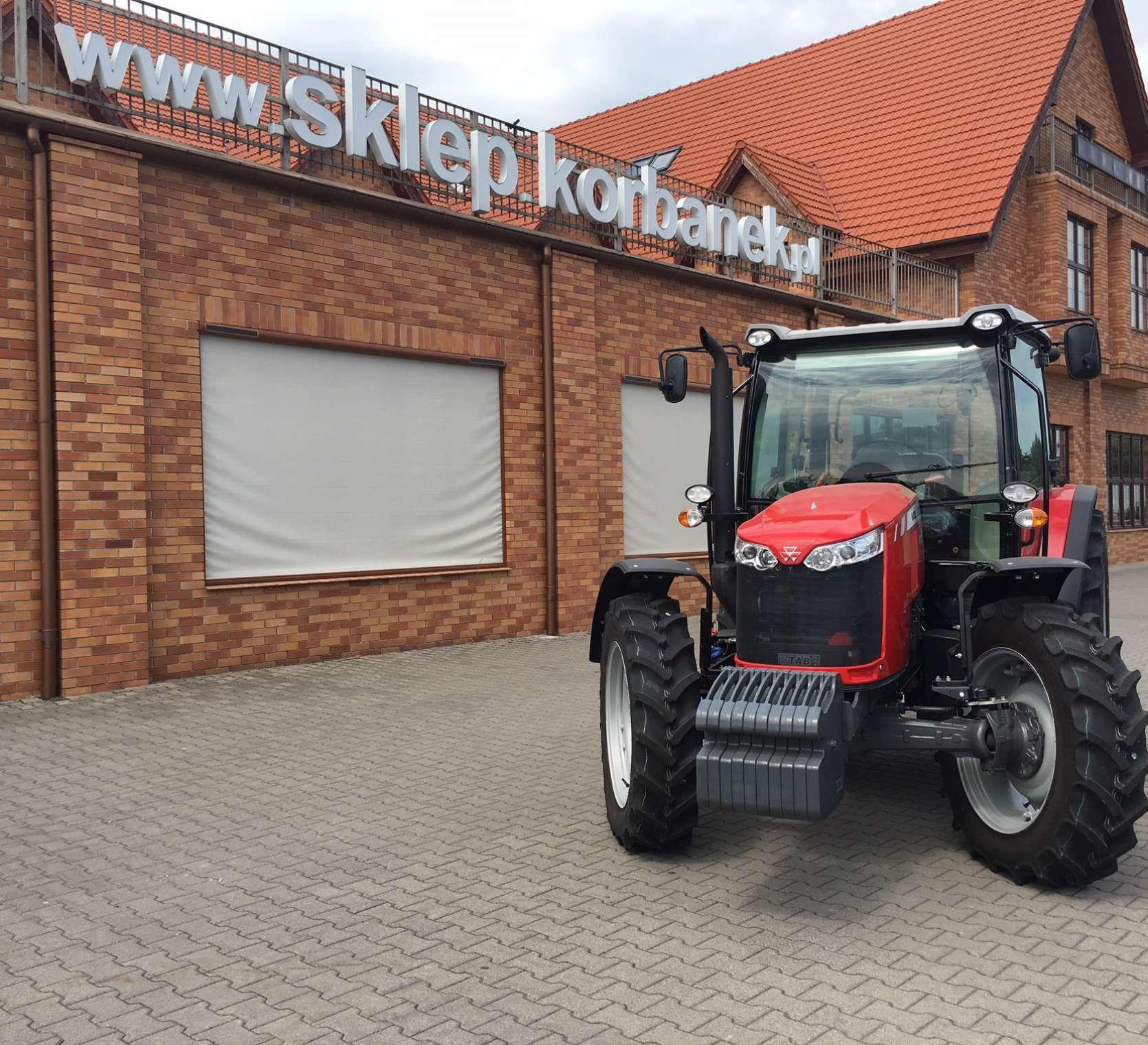 Nowy ciągnik MF 4708 Tier 4F z układem SCR III generacji od korbanek.pl