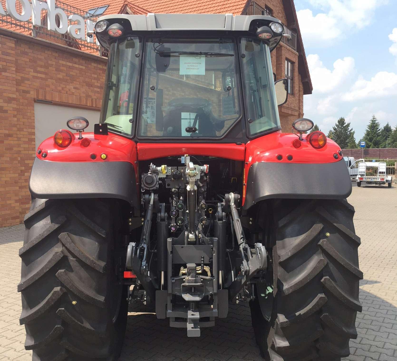 Tylne ogumienie 600/65 R38 zaczep dolny tylny tuz w traktorze MF 7714 okazja z korbanek.pl