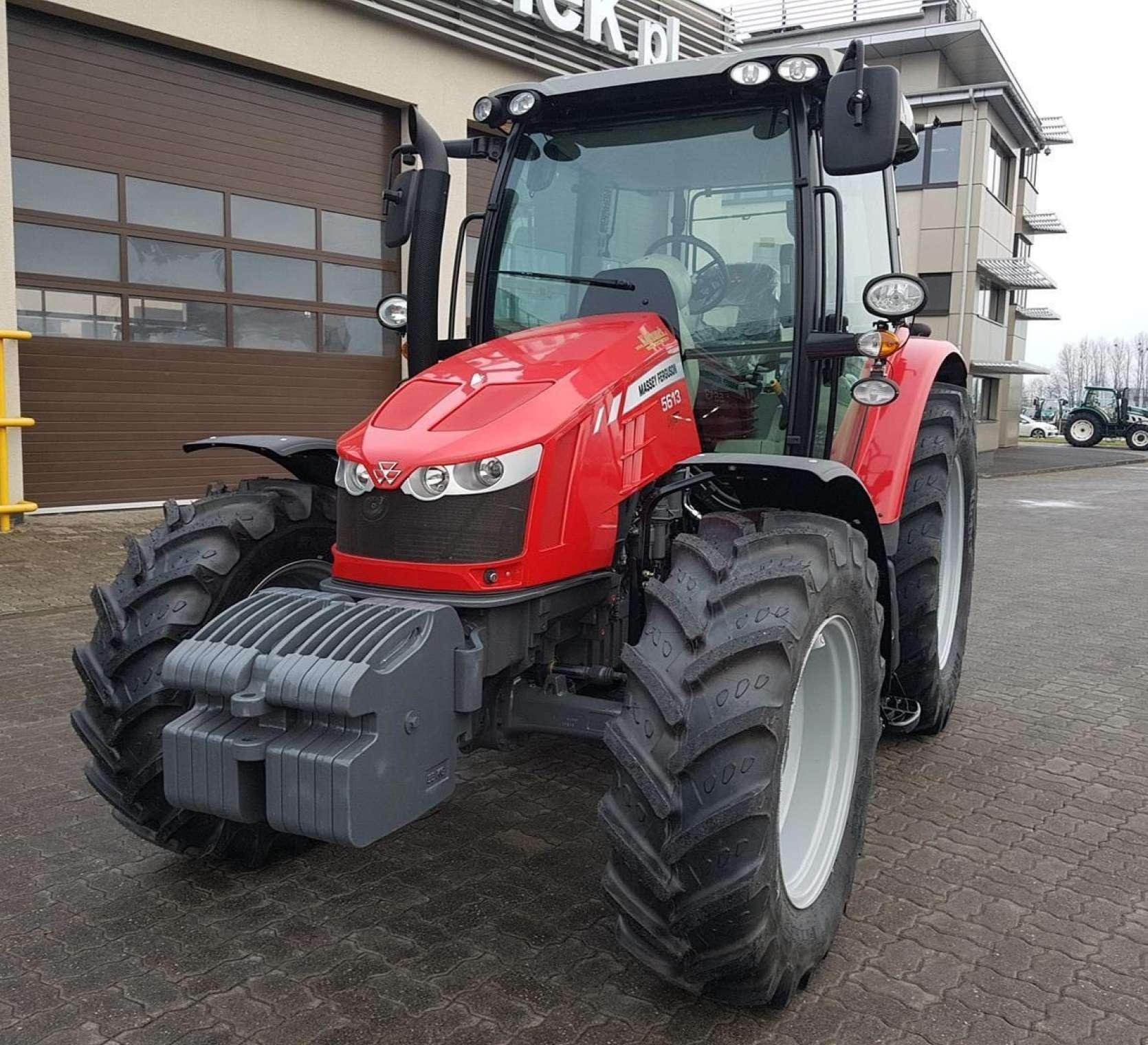 Massey Ferguson 5613 o mocy 130 KM ze skrzynią dyna-4 o ściętej masce okazja korbanek.pl