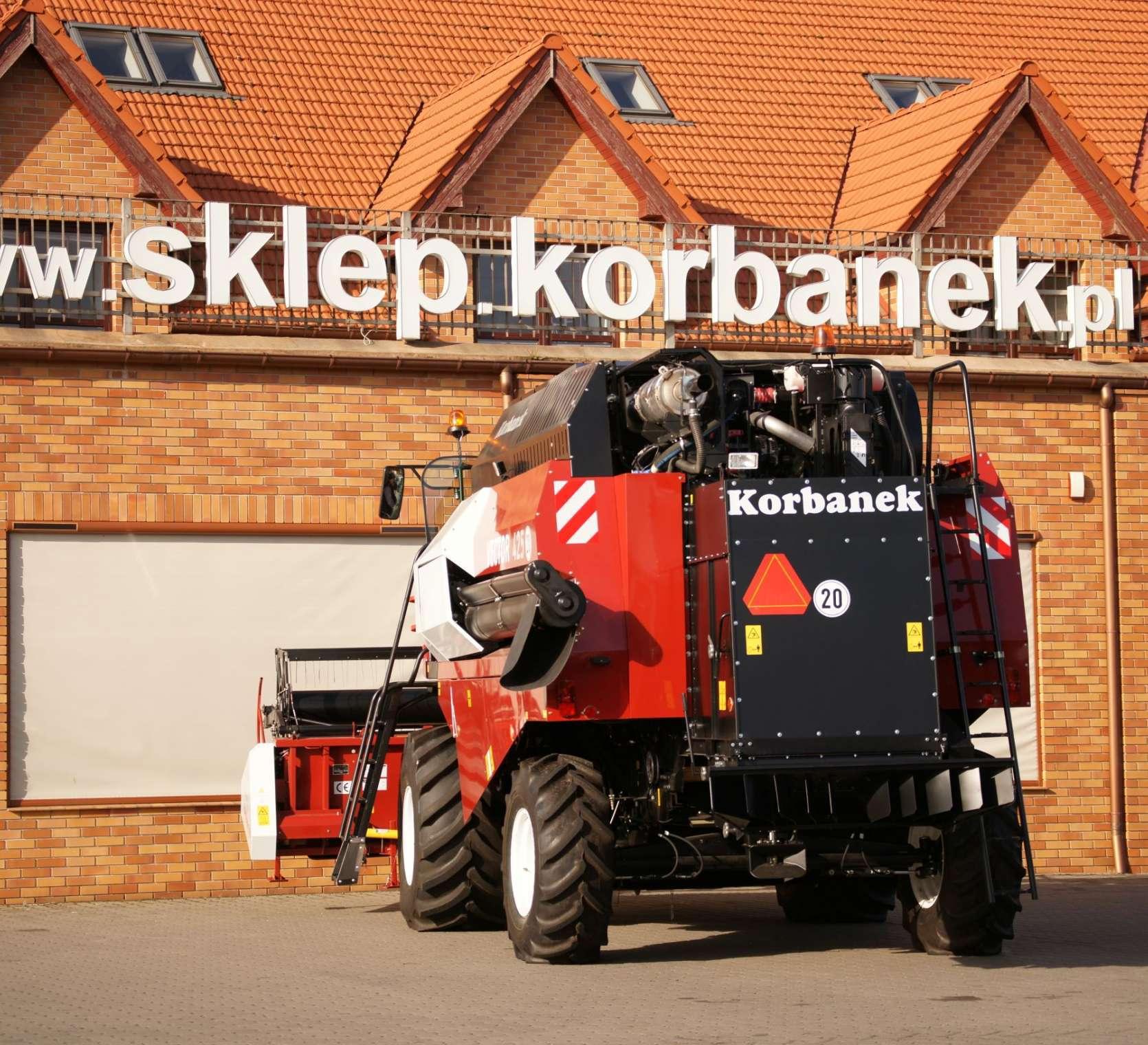 kombajn zbożowy Rostselmash Vector 425 tył www.korbanek.pl