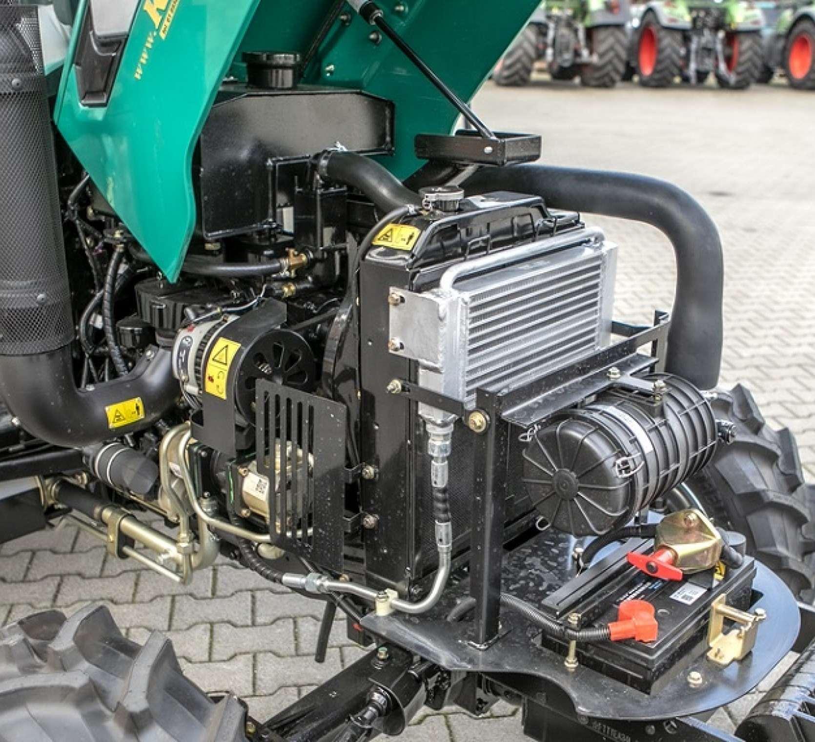 Silnik od maszyny rolniczej Arbos 2025 traktor