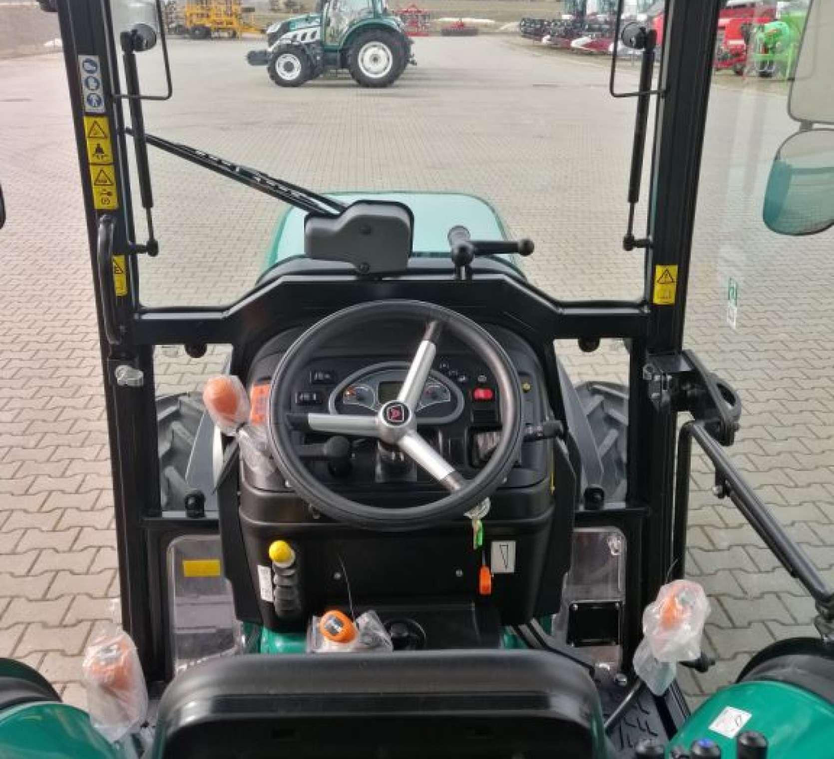 Arbos 4100F jako ciągnik wygodny w pracy w sadzie