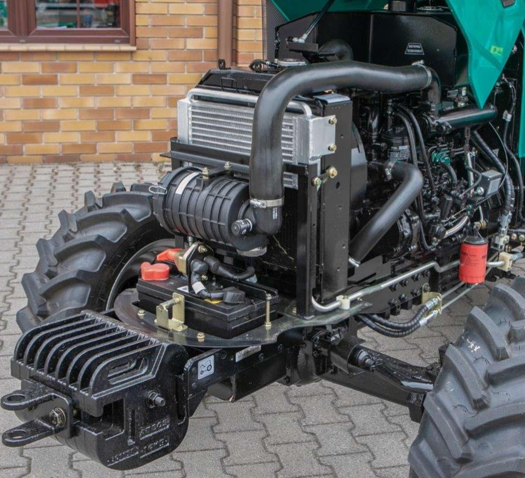 silnik 4 cylindrowy bez DPF 35KM dobra marka Arbos