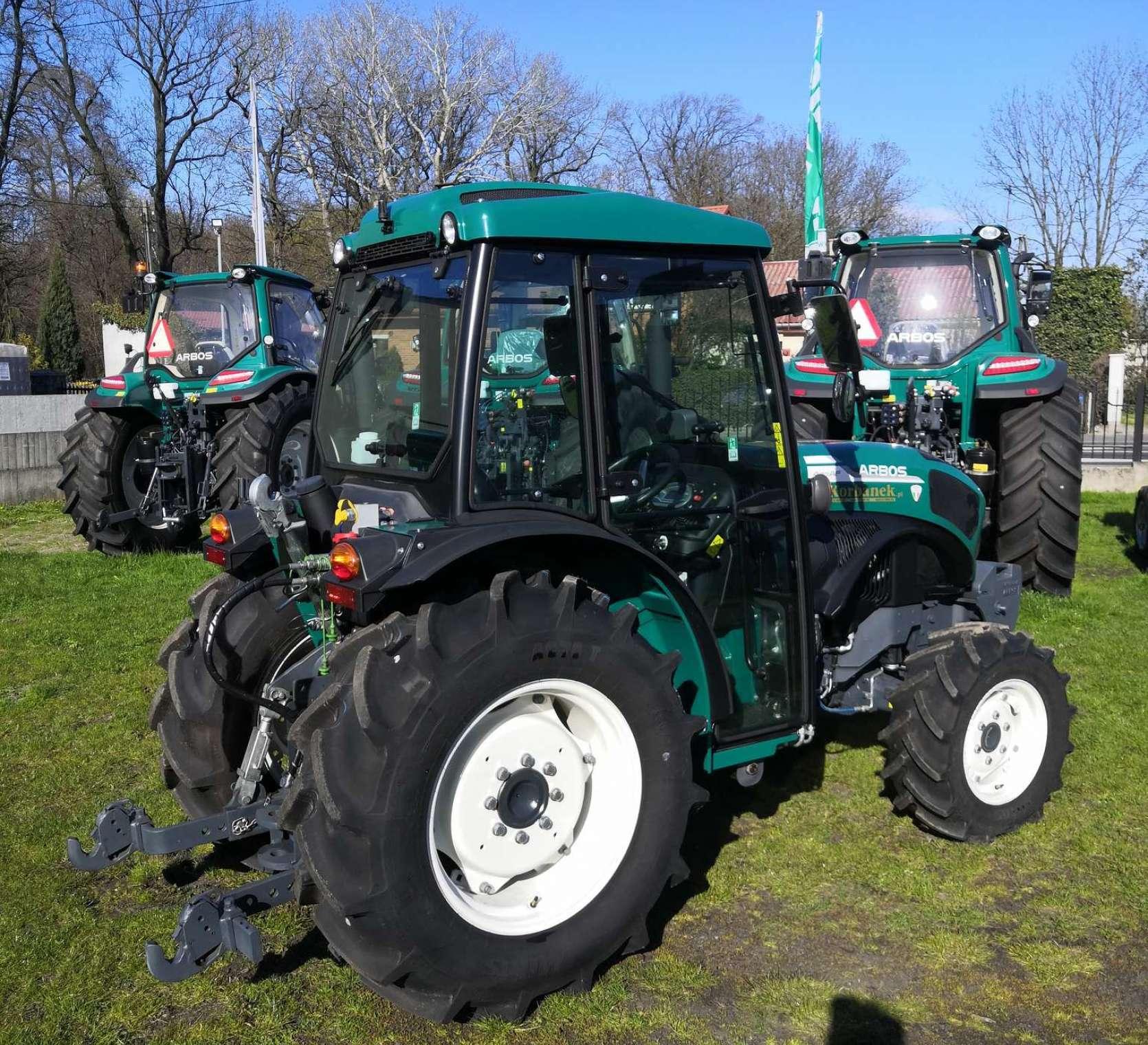 Arbos 4100AF z wyposażeniem do pracy w sadzie