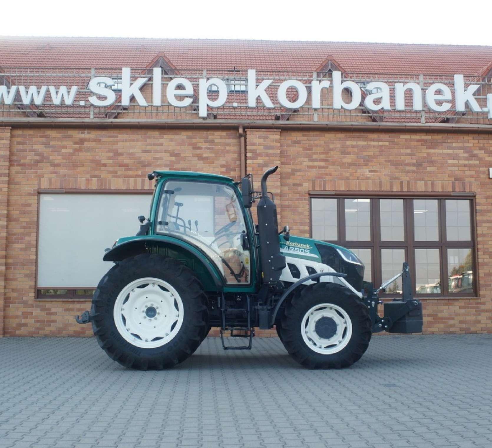 Traktor Arbos 5130 z obicaznikiem od boku