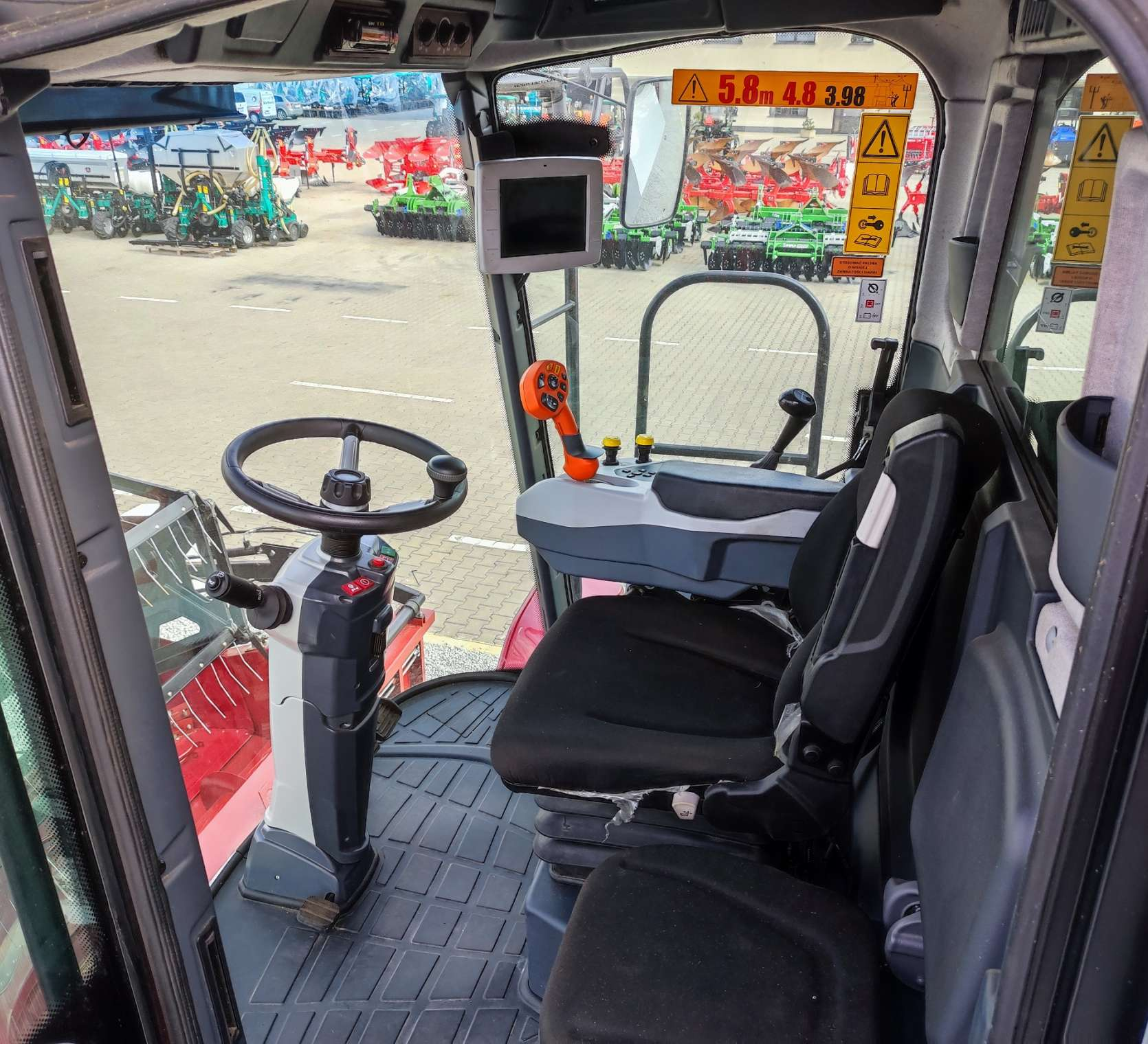 Vector 425 fotel operatora