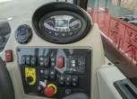 Nowoczesny panel sterowania samojezdną ładowarką Massey Ferguson TH 6534