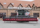 Kombajn Rostselmash Torum stojacy na utwardzonym placu korbanek.pl.