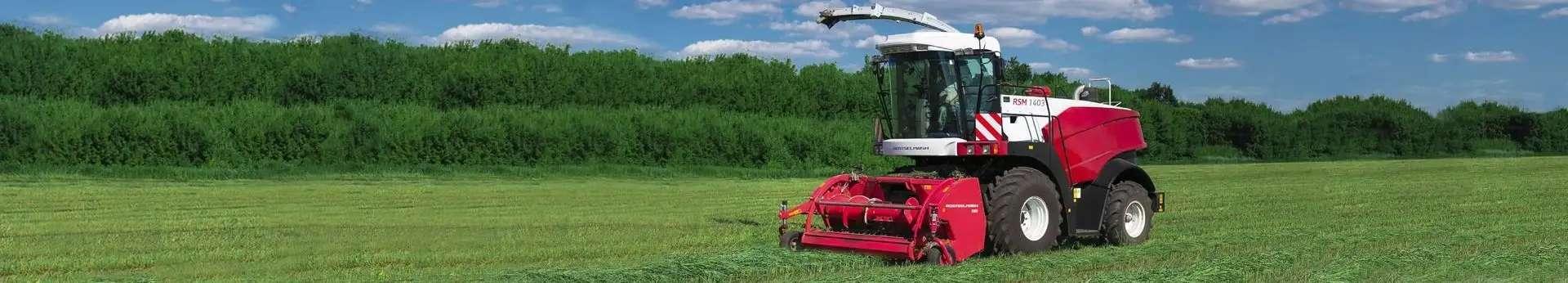 Sieczkarnia samojezdna Rostselmash RSM 1401/1403 na poly z podbieraczem do pokosów