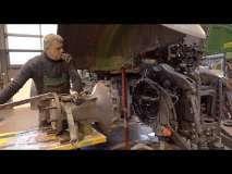Embedded thumbnail for KU PRZESTRODZE !!! Ciągnik skarbonka | Ile kosztowała naprawa | Traktor Fendt 724 | vlog #8