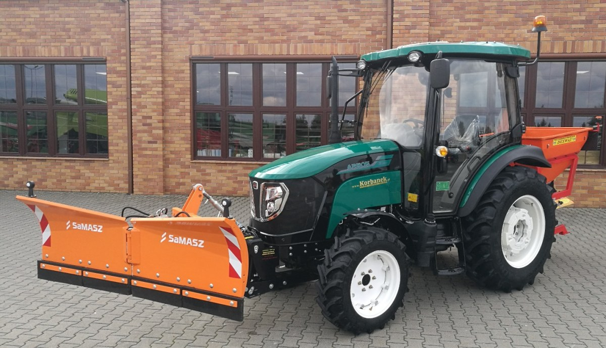 ciagnik arbos 3055 traktor z zestawem do pracy