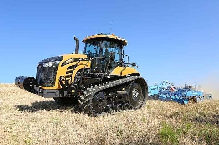 Ciągnik rolniczy Challenger MT 700E