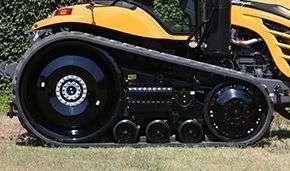 Gąsienica i zawieszenie ciągnika gąsienicowego Challenger MT