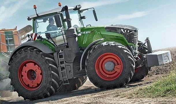 Ciągnik rolniczy Fendt 1000 Vario S4