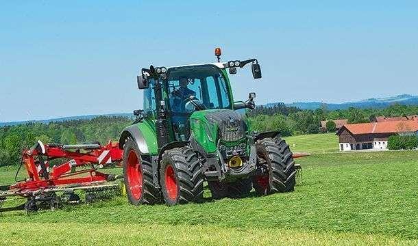 Ciągnik rolniczy Fendt 300 Vario S4 Power