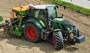 Ciągnik rolniczy Fendt 500 Vario Profi Plus