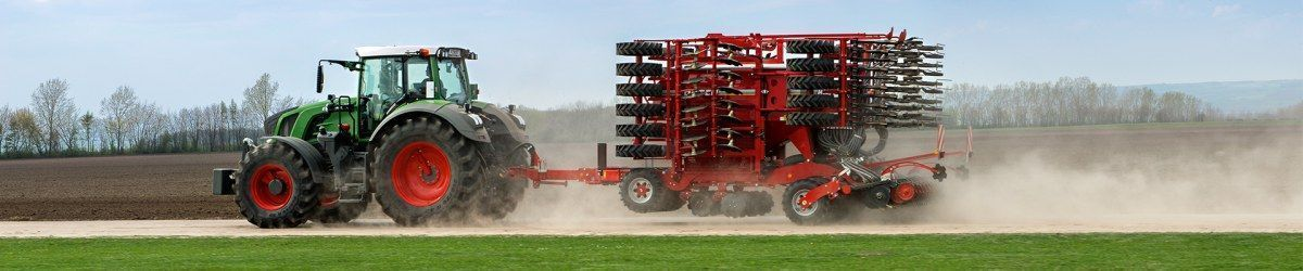 Ciągnik rolniczy Fendt 800 Vario S4