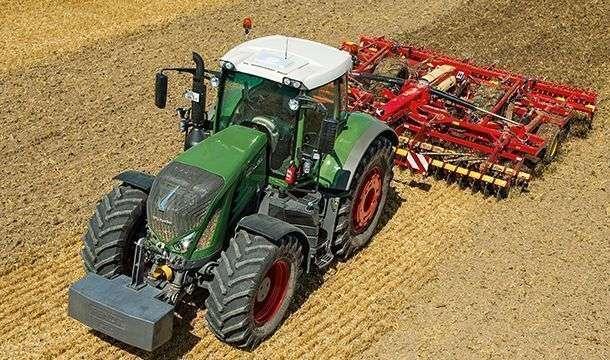 Ciągnik rolniczy Fendt 900 Vario w wersji ProfiPlus