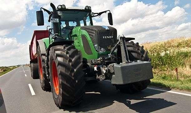 Ciągnik rolniczy Fendt 900 Vario w wersji Profi