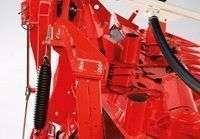 Mechaniczna rama wahliwa standardowym wyposażeniem przystawek Kemper 475 od firmy Korbanek