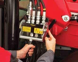 szybkozłącza hydrauliczne ładowacza czołowego Massey Ferguson