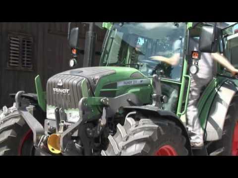 Embedded thumbnail for Ciągnik roku 2010! FENDT 200 VARIO - AGRITECHNICA - najlepszy traktor!